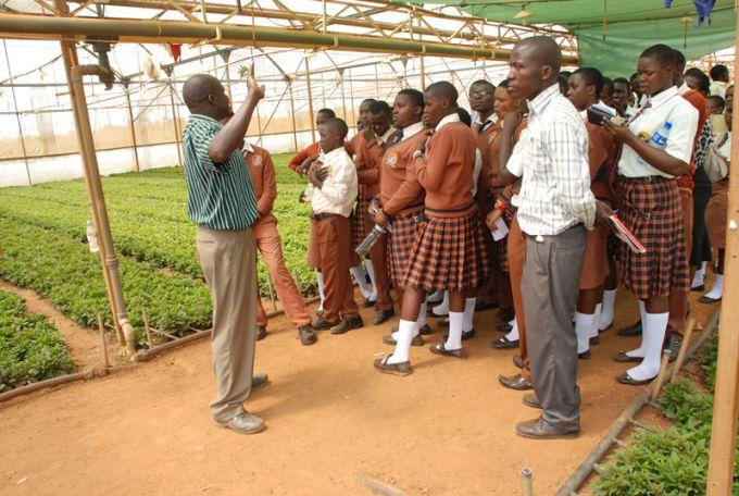 Royal Van Zanten w Ugandzie
