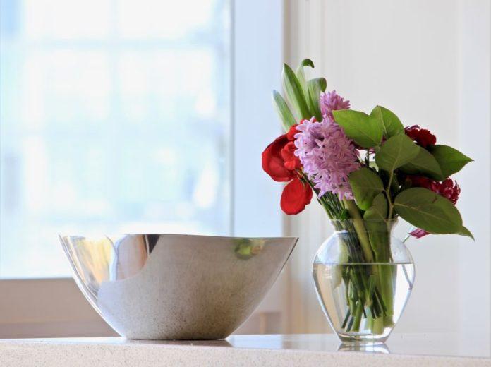 Jak utrzymać świeżość kwiatów?
