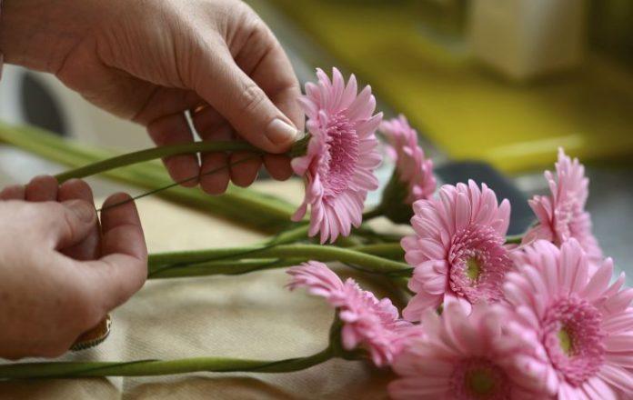 drutowanie kwiatów